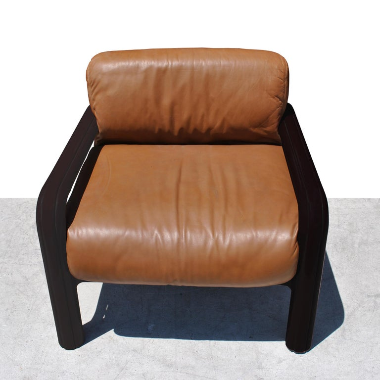 Pair of Knoll Midcentury Gae Aulenti Lounge Chairs In Good Condition For Sale In Pasadena, TX