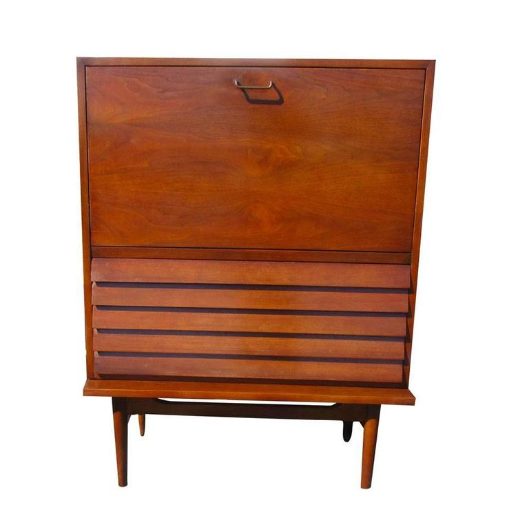 Vintage mid century american of martinsville highboy for Vintage american martinsville bedroom furniture