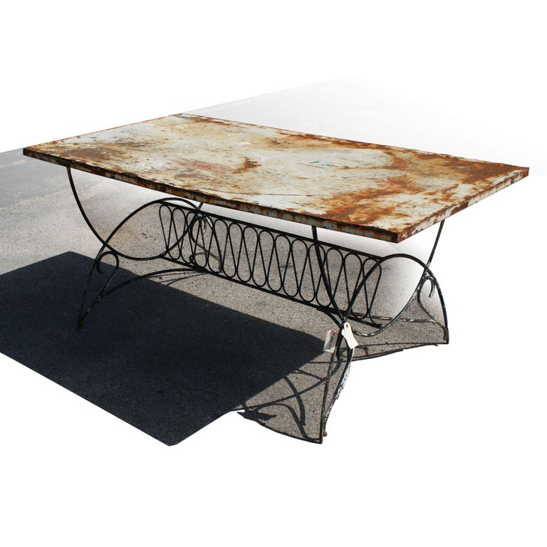 A wonderful Art Deco outdoor table with graceful iron base and unique top  with a perfect - Art Deco Metal Outdoor Patio Dining Table For Sale At 1stdibs