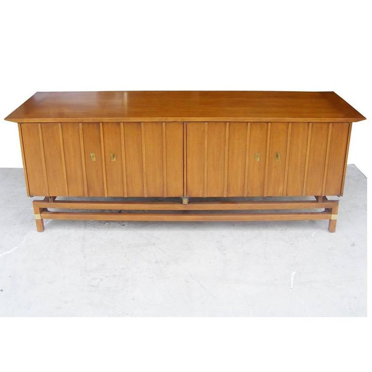Vintage Mid Century Butternut Side Table Nightstand