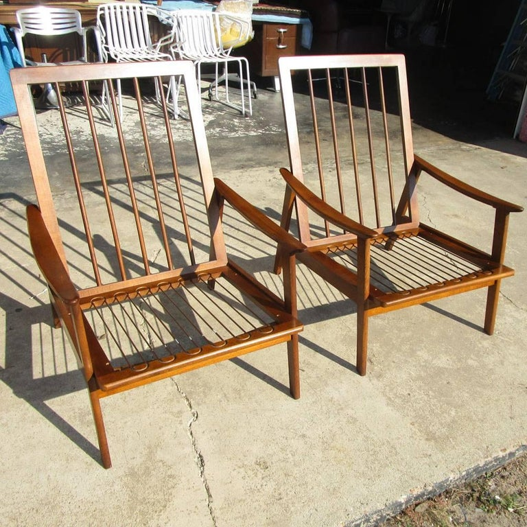 Vintage Midcentury Pair of Danish Lounge Chairs In Good Condition For Sale In Pasadena, TX