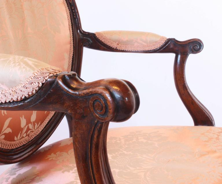 George III Mahogany Open Armchair In Good Condition For Sale In Dallas, TX