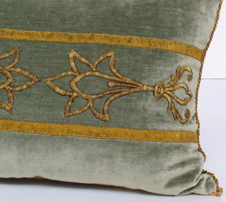 antique textile pillow by rebecca vizard of b viz design at 1stdibs