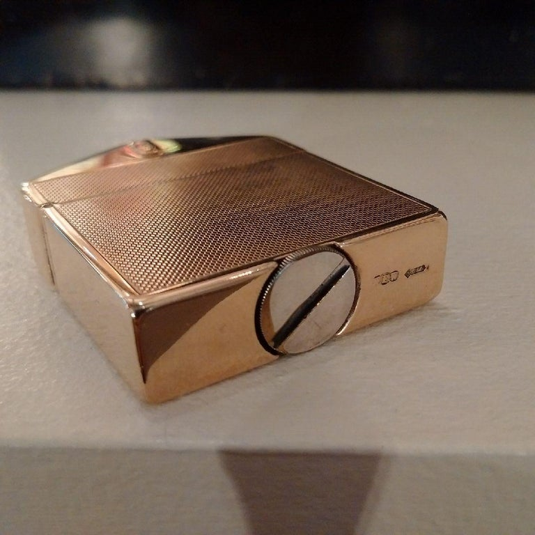 British 9-Carat Gold Rolls Royce Lighter by Alfred Dunhill, 1924 For Sale
