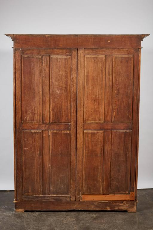 19th Century Two-Door Simple Satinwood Cabinet For Sale 5