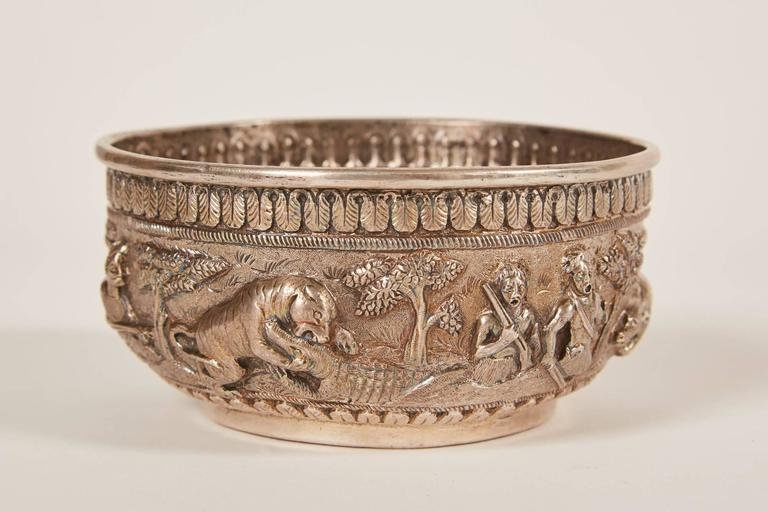 Small 20th Century Indian Silver Bowl with Relief In Good Condition For Sale In South Pasadena, CA