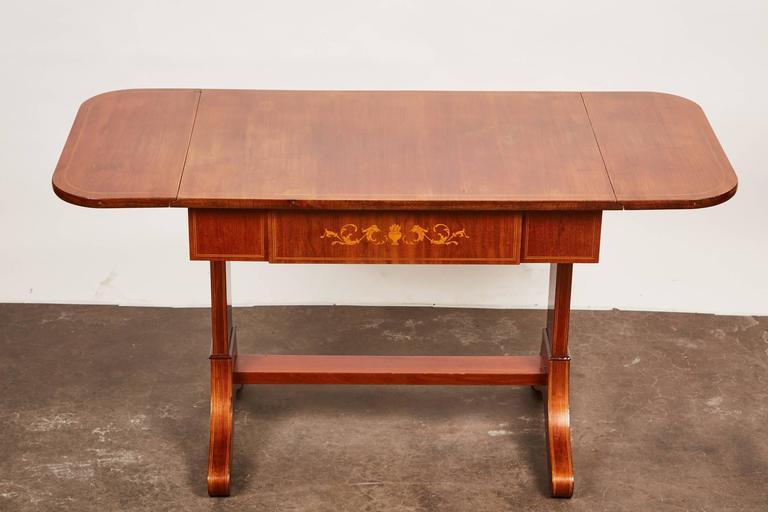 19th Century Danish Empire Mahogany Salon Table In Good Condition For Sale In South Pasadena, CA