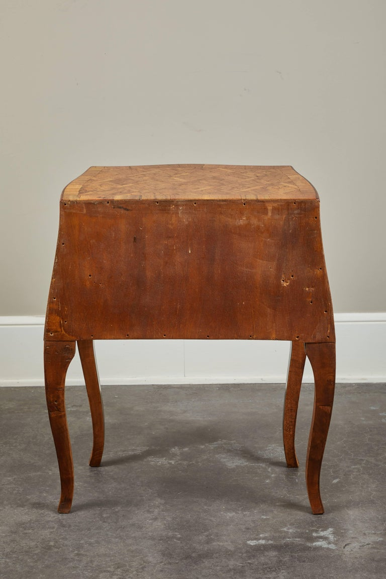 20th Century Petite Italian Marquetry Chest of Drawers For Sale 6
