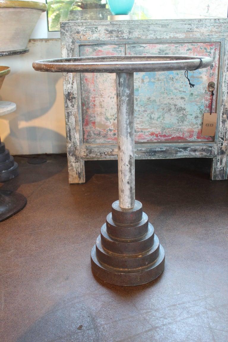 Vintage belgium craftsman 39 s work stand for sale at 1stdibs for Stand belgique