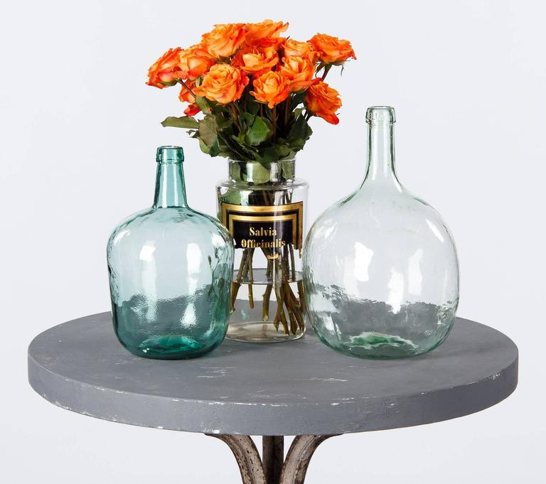 French Art Nouveau Period Iron Pedestal Table with Concrete Top, 1910s For Sale 5