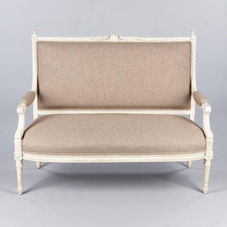 French Louis XVI Style Painted Settee, Early 1900s For Sale 2