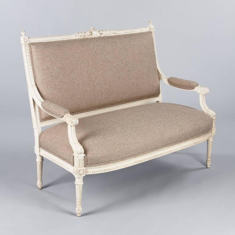 French Louis XVI Style Painted Settee, Early 1900s For Sale 5