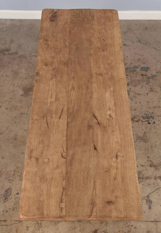 French Country Washed Oak Trestle Table, Early 1900s In Good Condition For Sale In Austin, TX