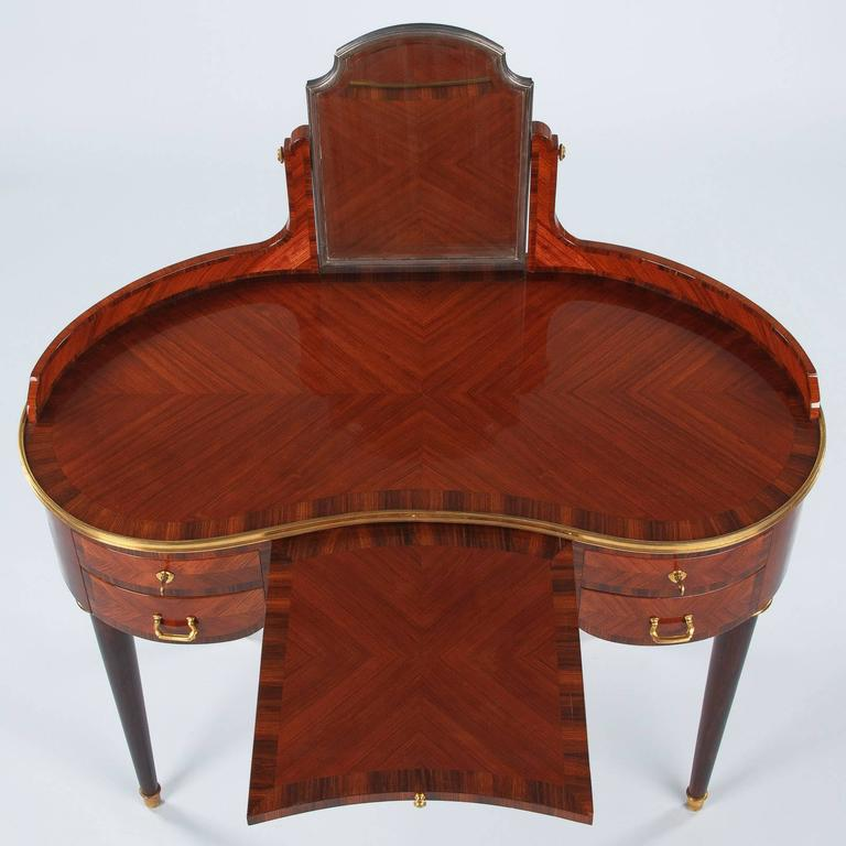 Louis XVI Style Vanity Table Stamped Gustave Keller, 1890s In Good Condition For Sale In Austin, TX