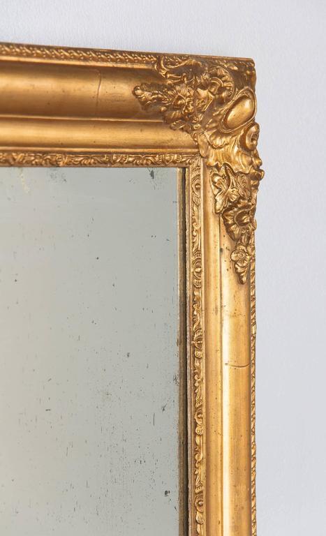 French Napoleon III Giltwood Mirror, circa 1870s For Sale 4