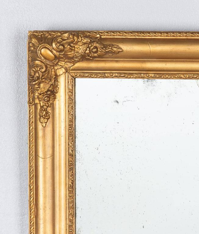 French Napoleon III Giltwood Mirror, circa 1870s In Good Condition For Sale In Austin, TX