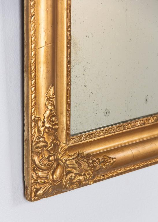 French Napoleon III Giltwood Mirror, circa 1870s For Sale 5