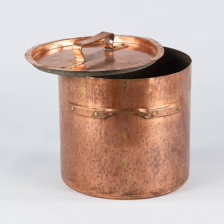 French Copper Cauldron, 19th Century In Good Condition For Sale In Austin, TX