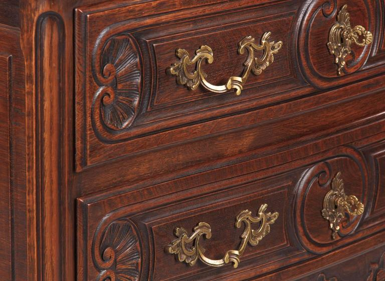 Louis XV Provençal Style Oak Chest of Drawers, Early 1900s 4