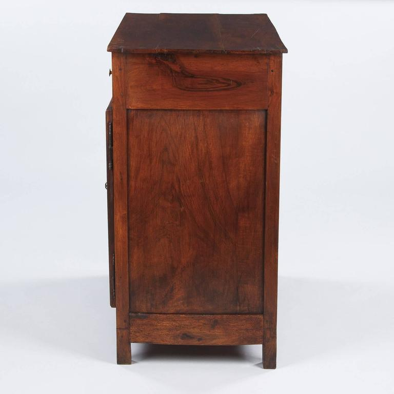 19th Century French Louis Philippe Walnut Buffet For Sale 2