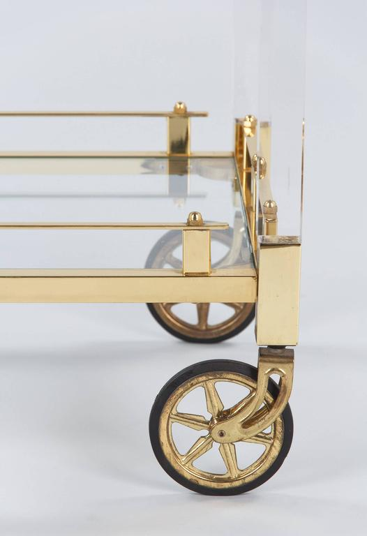 Spanish Vintage Lucite and Brass Bar Cart, 1970s For Sale 4