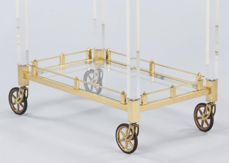 Spanish Vintage Lucite and Brass Bar Cart, 1970s For Sale 3