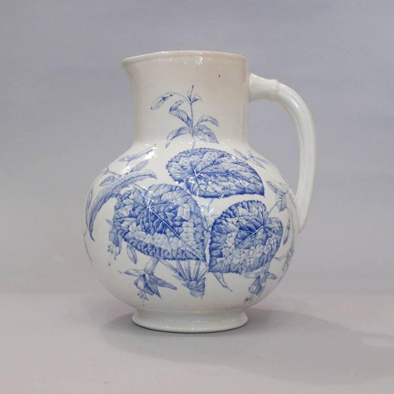 French Sarreguemines Ceramic Pitcher and Bowl, 1920s 10