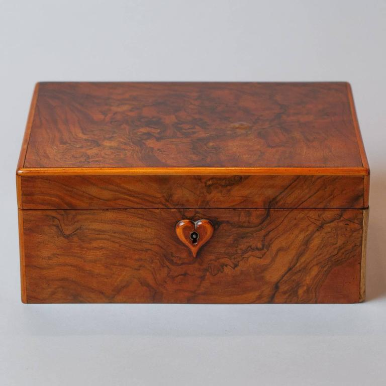 French Walnut Jewelry Box, Early 1900s In Good Condition For Sale In Austin, TX
