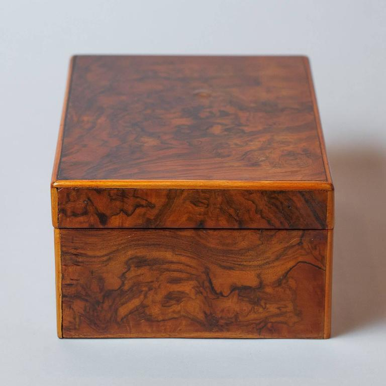 French Walnut Jewelry Box, Early 1900s For Sale 4