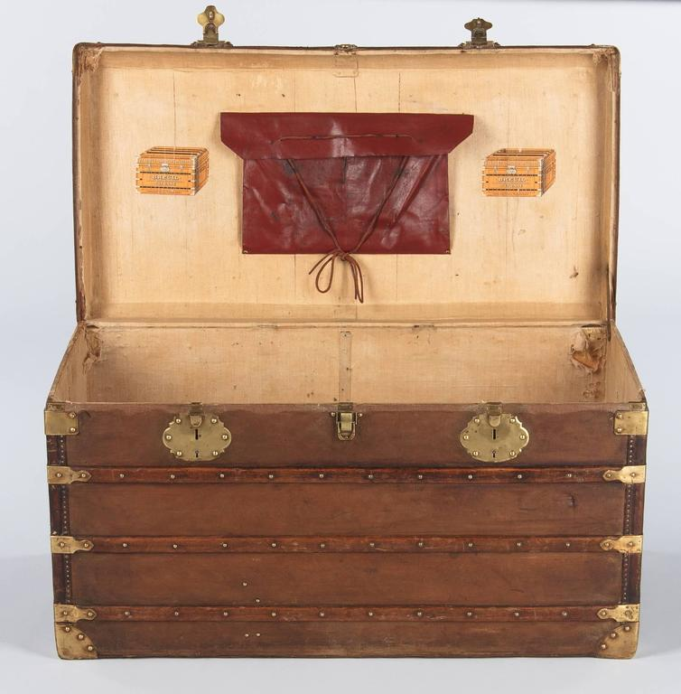 French Traveling Trunk, Early 1900s In Good Condition For Sale In Austin, TX