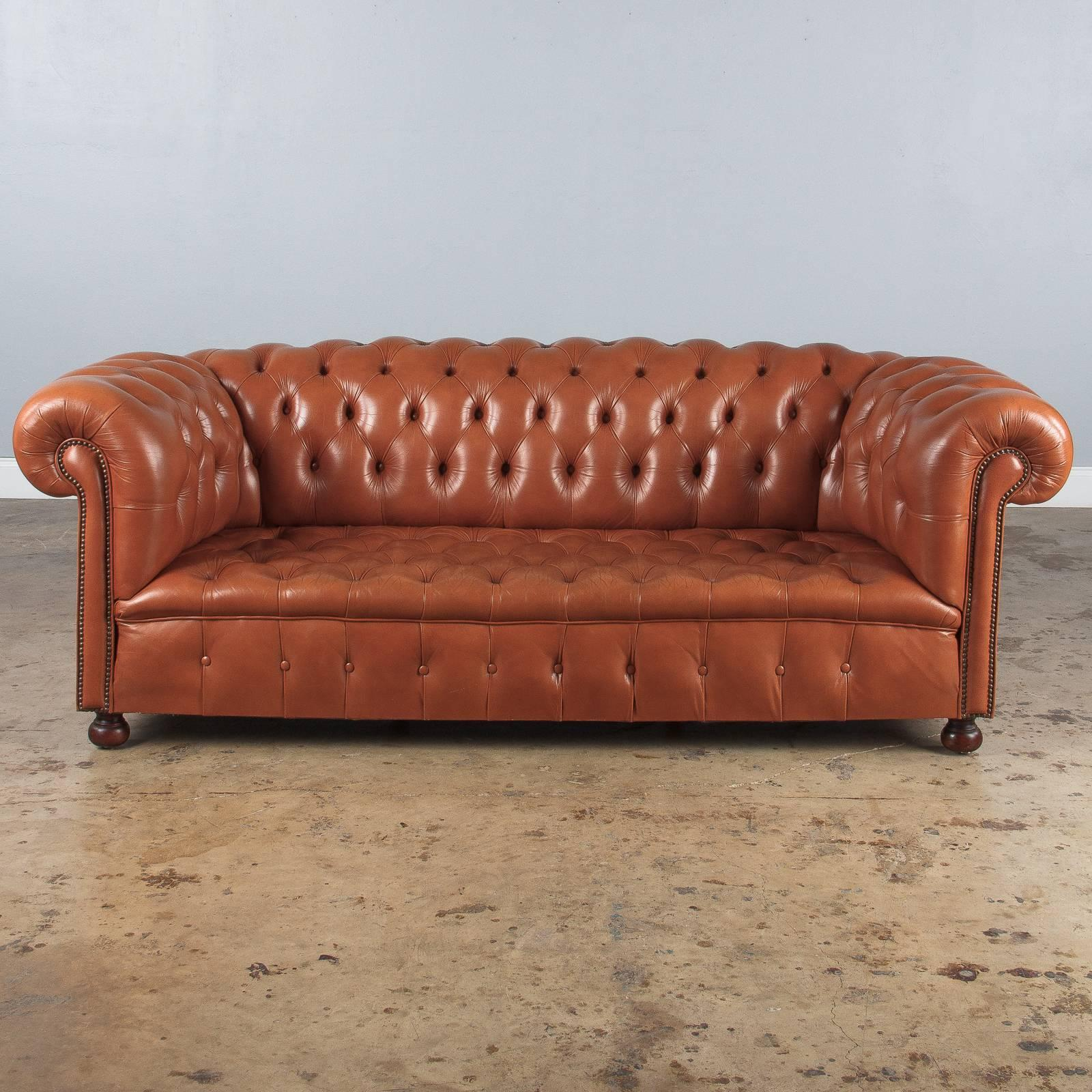 French Vintage English Leather Chesterfield Sofa, 1960s For Sale