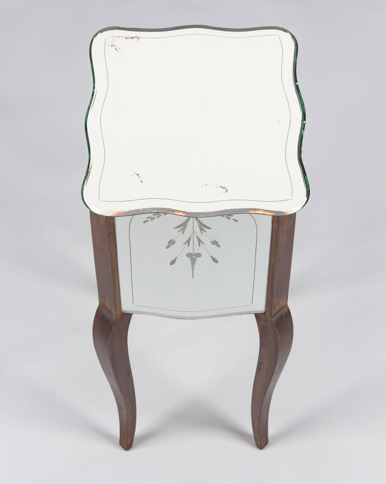 French Mid-Century Mirrored Venetian Glass Two-Drawer Chest, 1950s For Sale 1