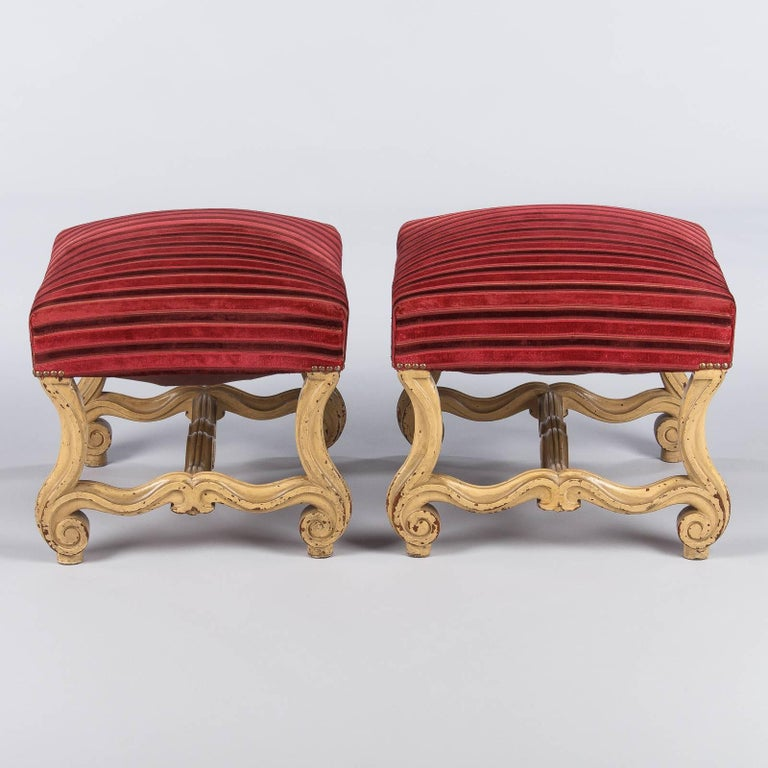 Pair of French Louis XIV Style Painted Ottomans, Early 1900s For Sale 1