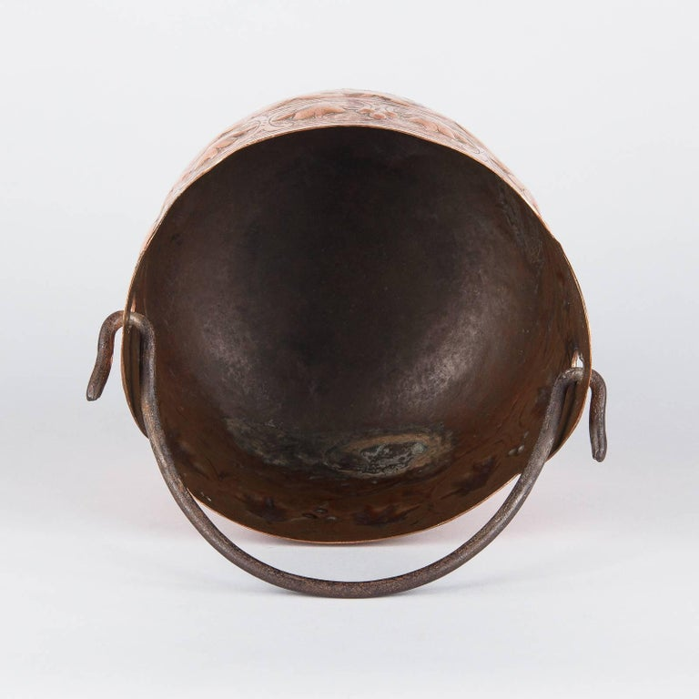 French Copper Cauldron with Forged Iron Handle, 19th Century For Sale 4