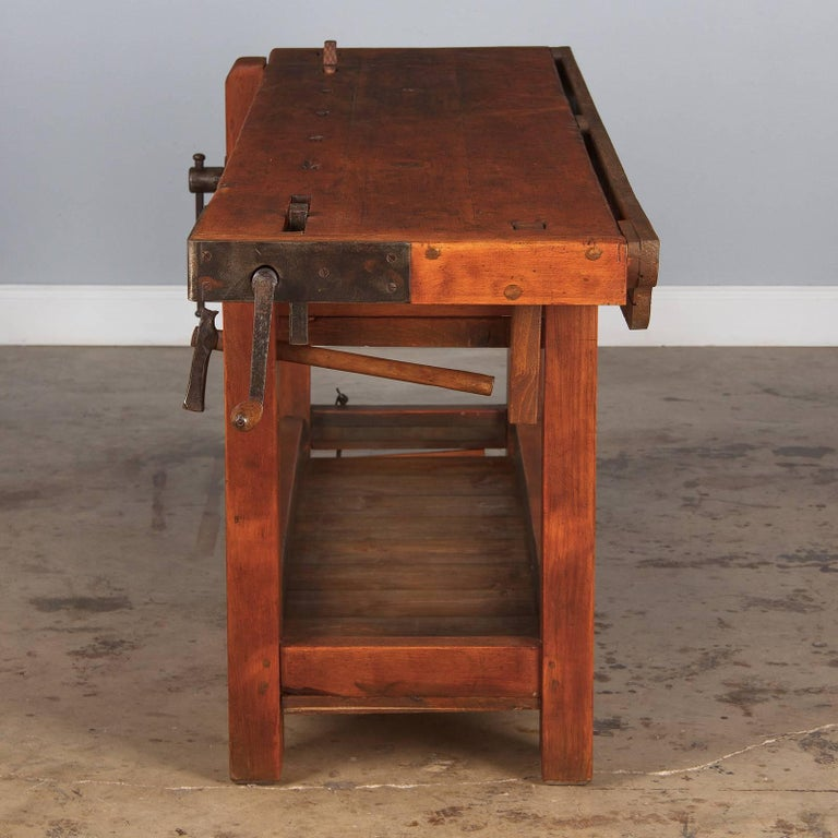 French Cabinet Maker's Workbench in Beechwood, 1950s In Good Condition In Austin, TX