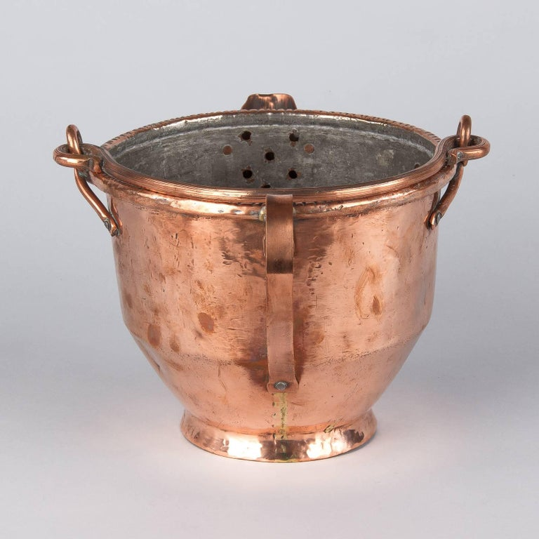 French Copper Wine Pitcher, Burgundy Region, 1900s For Sale 4