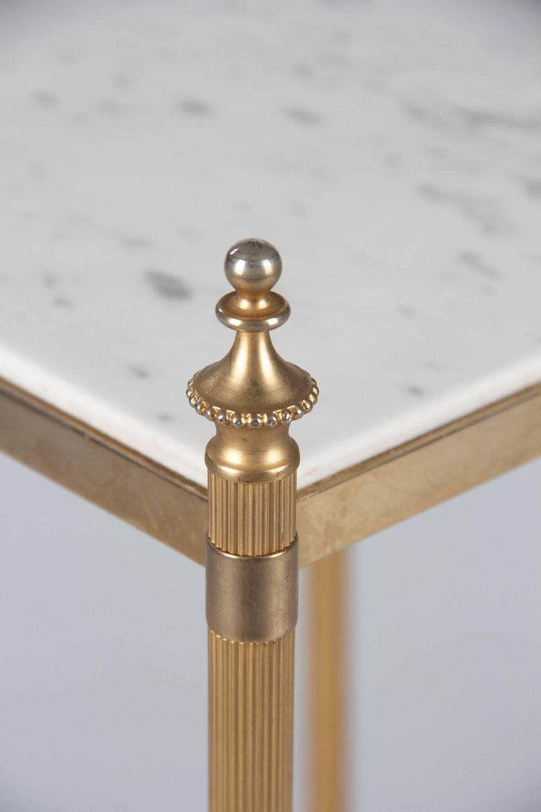 French Two-Tiered Brass Side Table with Marble Tops, 1960s For Sale 2