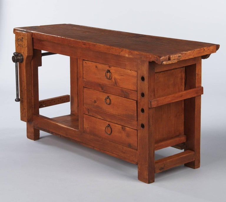 French Carpenter's Workbench in Elm, 1950s For Sale 8
