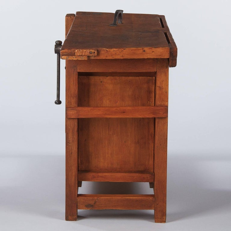 French Carpenter's Workbench in Elm, 1950s For Sale 9
