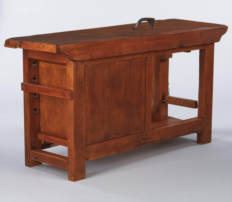 French Carpenter's Workbench in Elm, 1950s For Sale 12