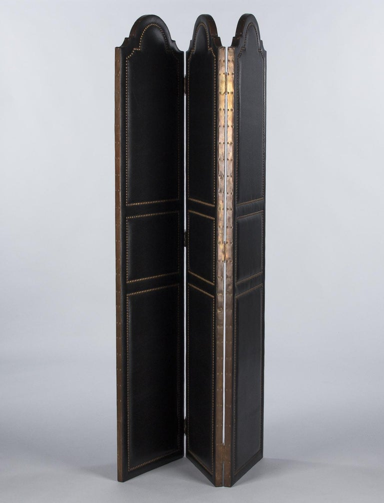 French Leather and Brass Screen by Pierre Gautier, 1950s For Sale 3