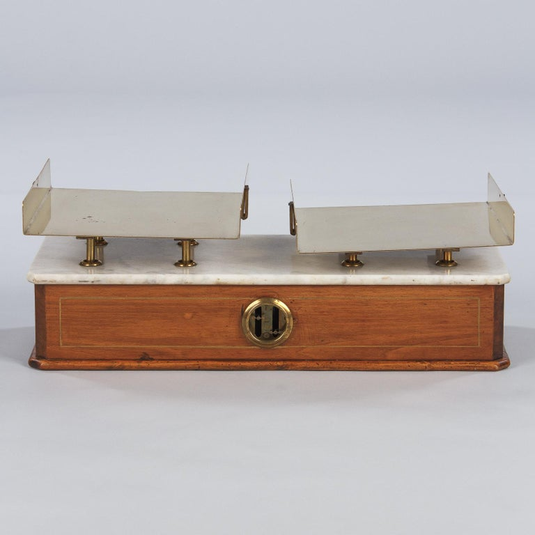 French Fabric Store Scale in Walnut with Marble Top, 1900s For Sale 7