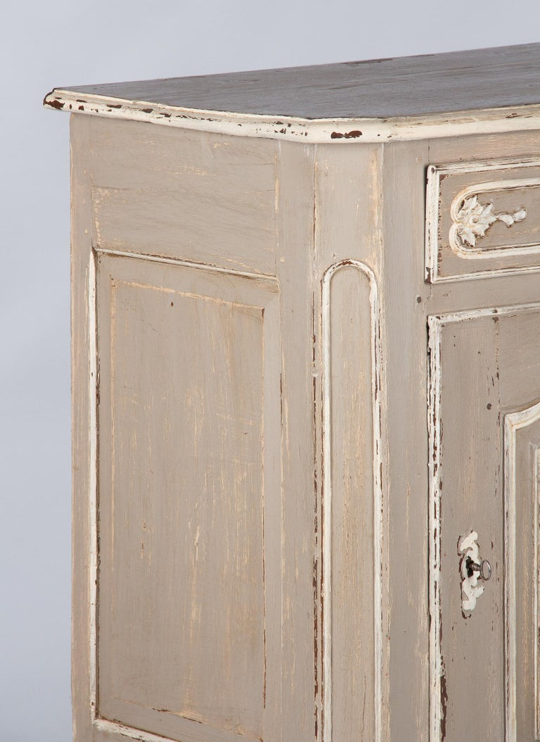 French Louis XIV Painted Oak Confiturier Cabinet, 18th Century For Sale 2