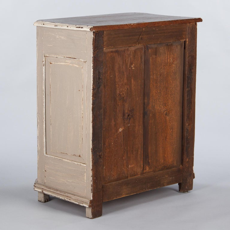 French Louis XIV Painted Oak Confiturier Cabinet, 18th Century For Sale 10