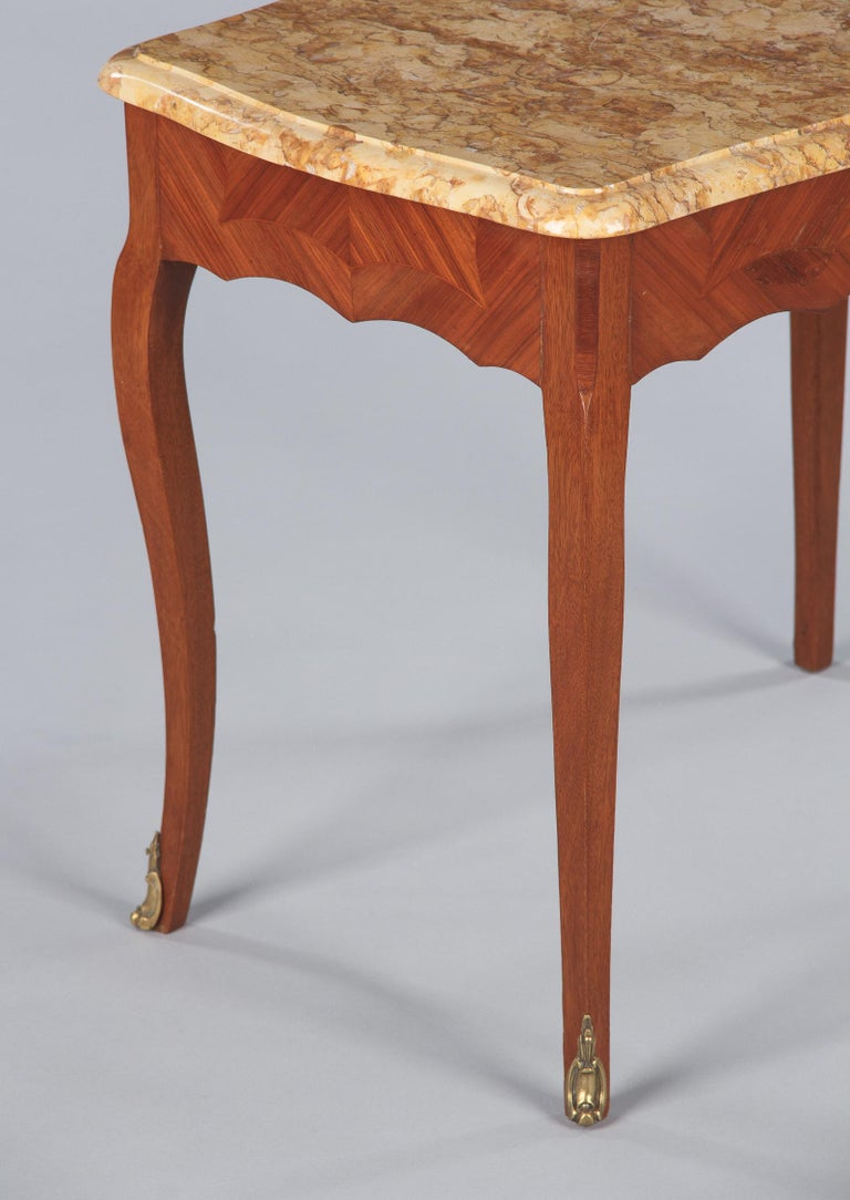 Mid-20th Century French Louis XV Style Marble Top Side Table, 1940s For Sale