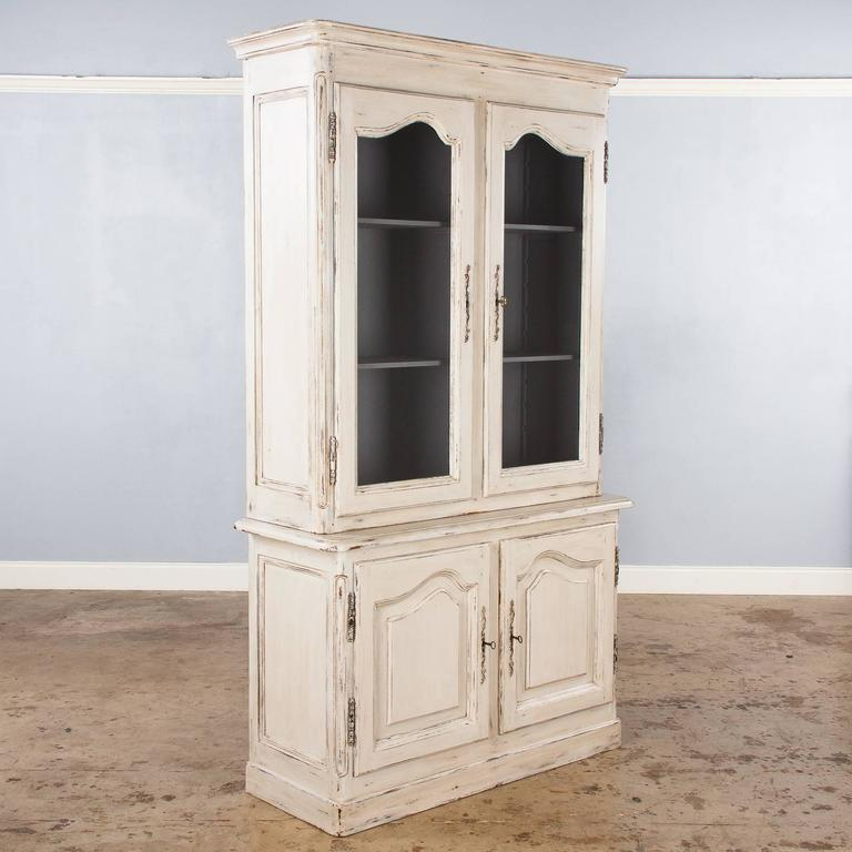 french vintage provencal painted vitrine cabinet mid. Black Bedroom Furniture Sets. Home Design Ideas