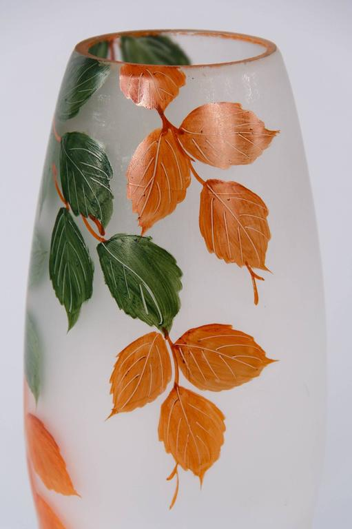 French Frosted Glass Vase, 1900s In Good Condition For Sale In Austin, TX