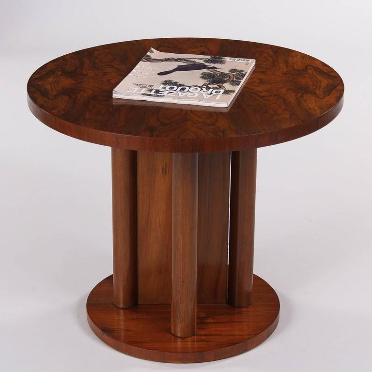 French Art Deco Round Walnut Side Table, 1930s For Sale 2