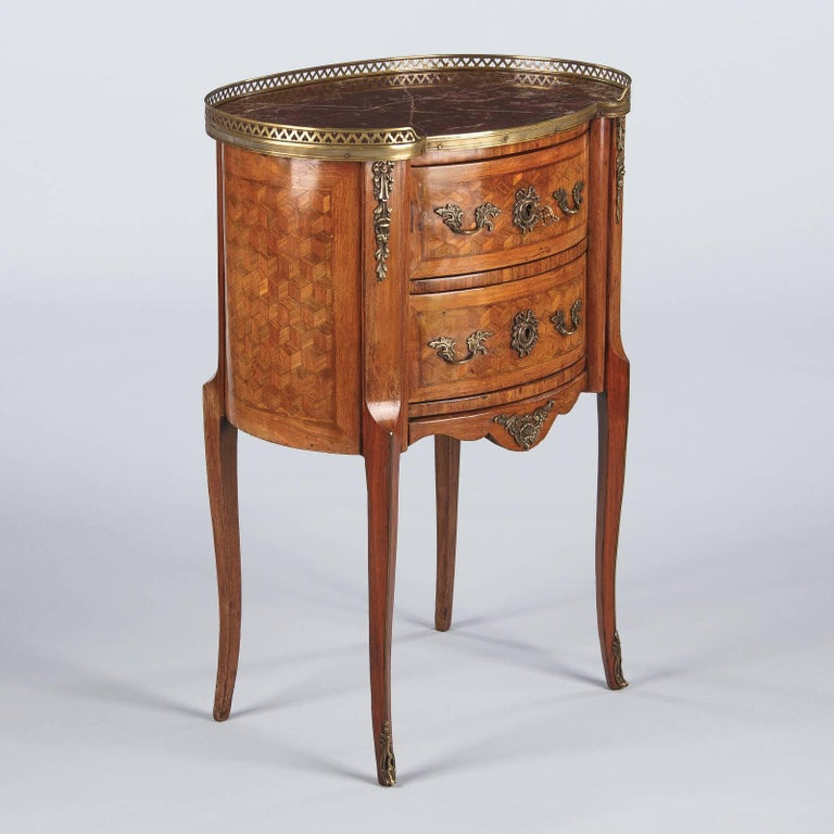 Louis XV-Louis XVI Transition Marquetry Chest with Marble Top, 1900s For Sale 7