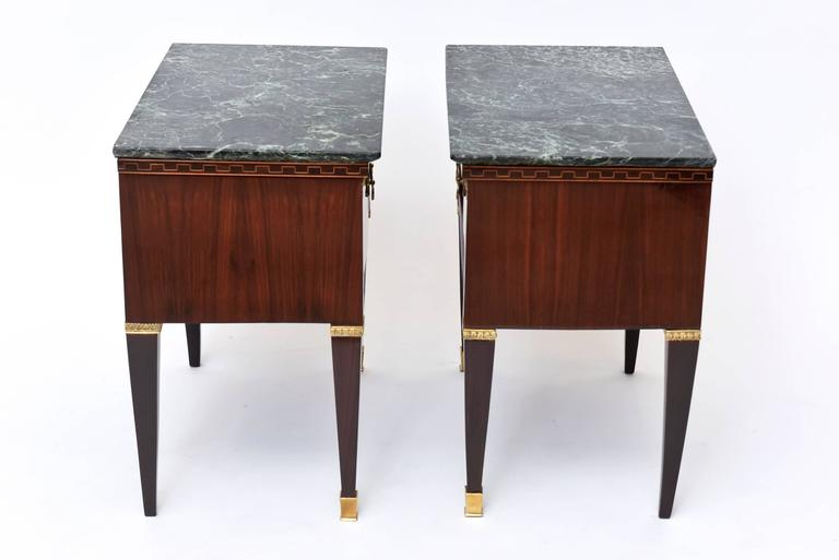 Mid-Century Modern Pair of Italian Modern Rosewood and Walnut Inlaid Nightstands, Paolo Buffa For Sale